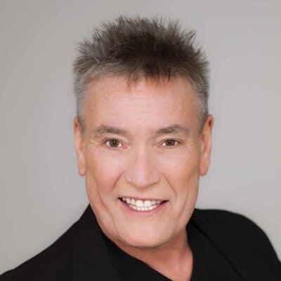 Billy Pearce Comedian
